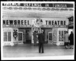Newsreel Theatre, Los Angeles, California, ca. 1943